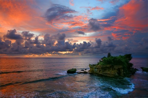 Tanah Lot sunset.