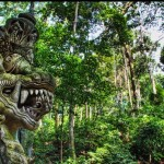 Bali-tour-Sculpture-Monkey