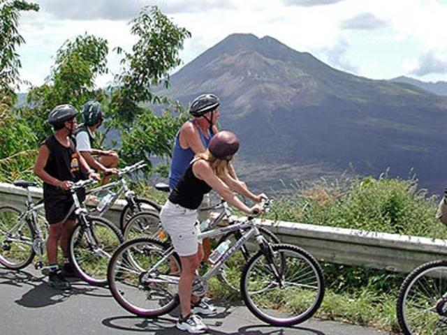 cycling-with-visit-school-bali-fitness-escape-5