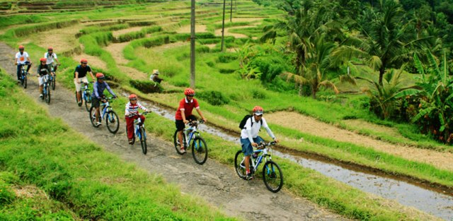cycling-with-visit-school-bali-fitness-escape-9